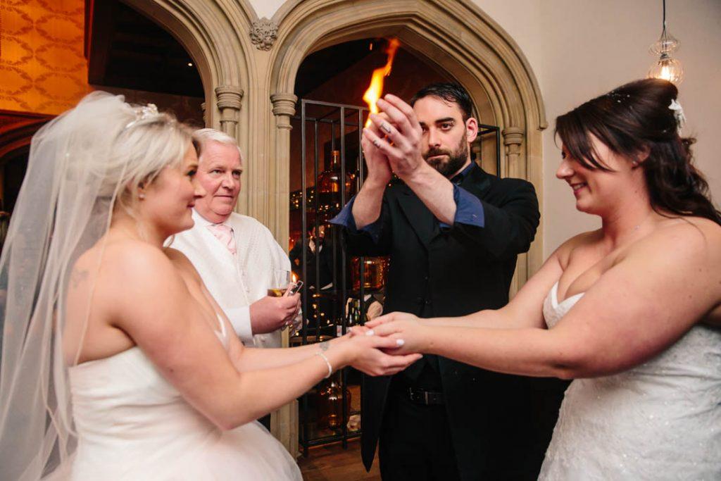 Magician at Hampton Manor wedding
